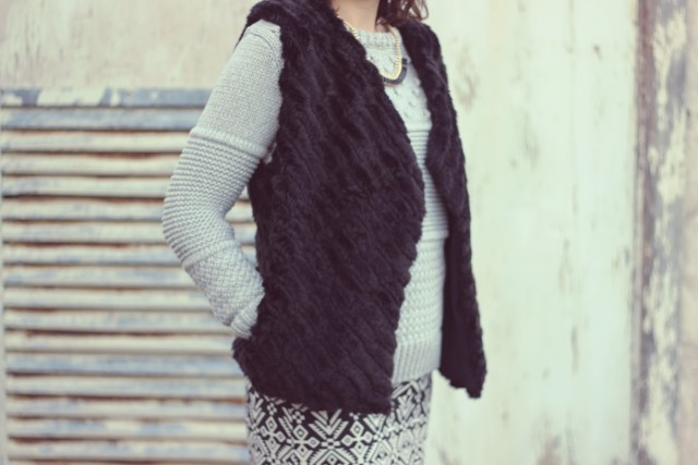 Grey Chunky knit sweater, Aztec Skirt, Black Faux Fur Vest, Black Beret