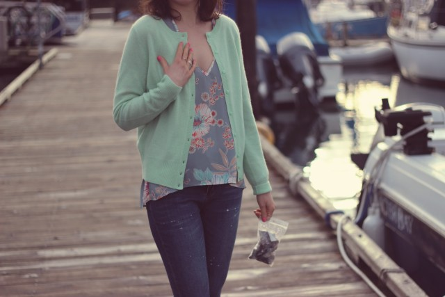 Design Lab Floral Blouse, Lord and Taylor Cashmere Cardigan, Design lab distressed jeans, Seals, Oak Bay Marina, Sperry Boat Shoes, Fashion Blogger, Spring Fashion