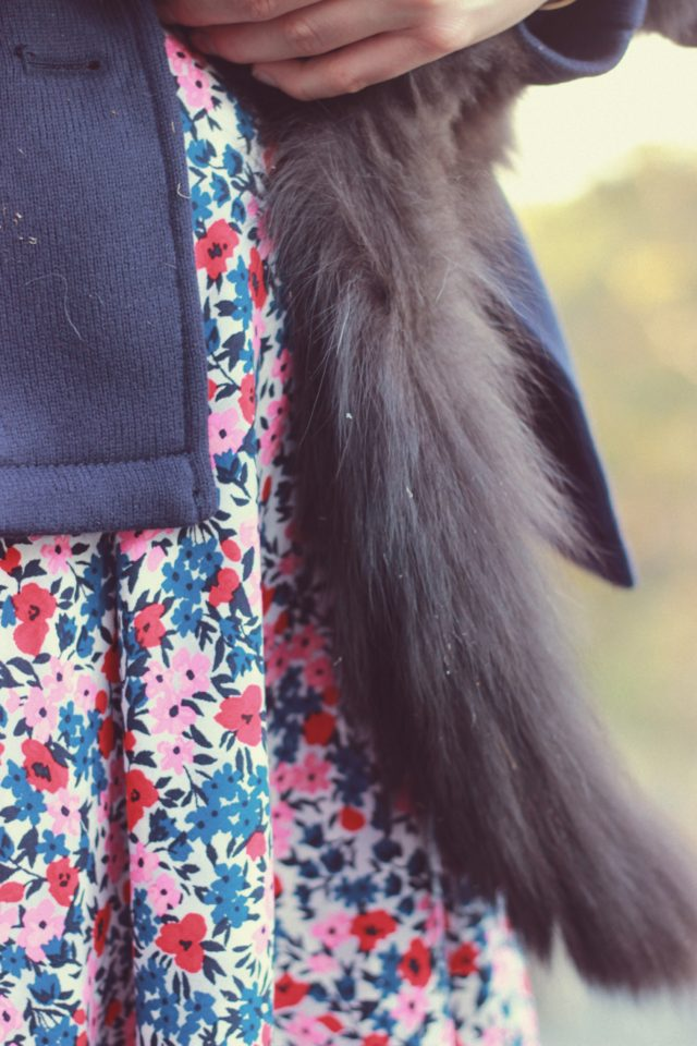 Old Navy, Floral Dress, Fall Fashion, Tuxedo Cat, Forest Cat, Vintage, fashion, blogger