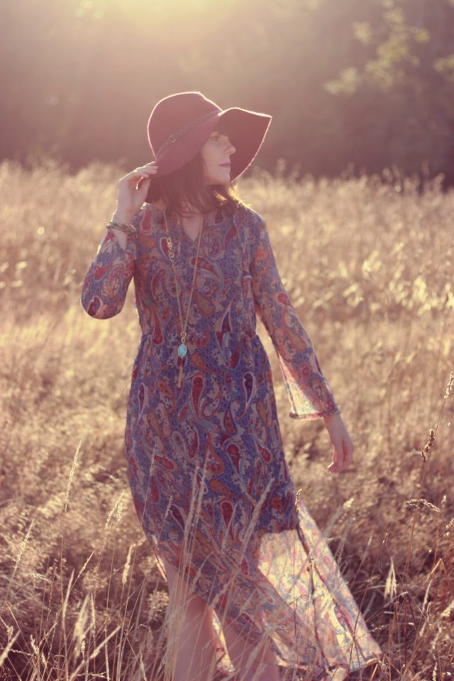 Paisley Maxi Dress, Maroon floppy hat, fall fashion, bohemian fashion, Marshalls. Vintage, Stephanie Kantis, boho, wanderlust