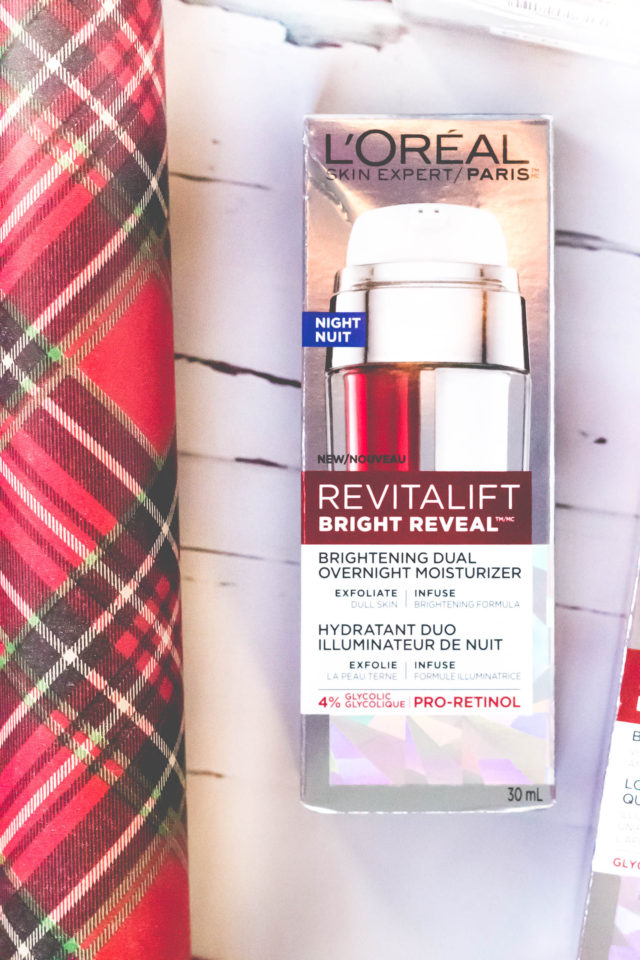 L'Oreal Revitalift Bright Reveal, Review, Skin Care, Acne Scarring, Revitalift Bright Reveal Peel Pads, Revitalift Bright Reveal Cleanser, Revitalift Bright Reveal SPF 30 Moisturizer, Revitalift Bright Reveal Dual Overnight Moisturizer