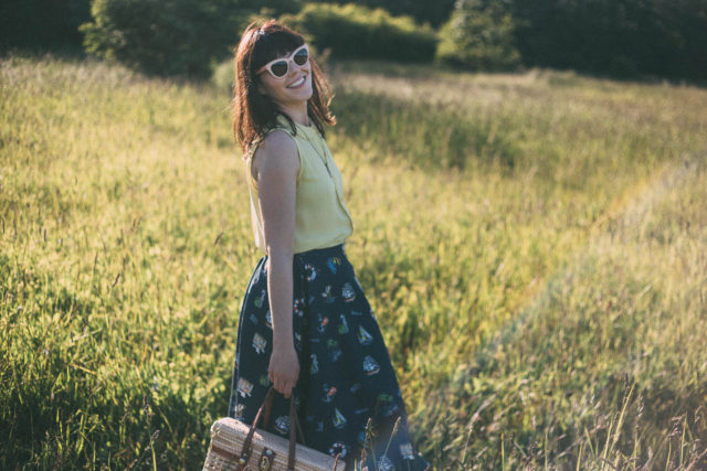 Chic Wish, Blue Midi Skirt, Summer, Retro, Fashion, Vintage, Straw bag,