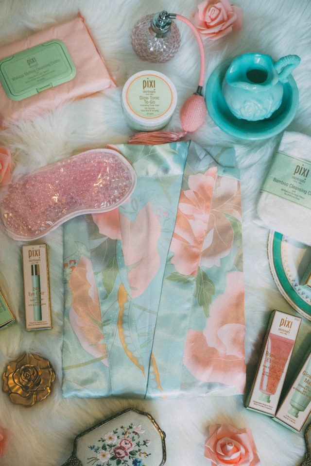 Pixi Beauty, Spa Party, Pixi Spa Day, Pixi goodie bags, Rose Caviar Essence, Glow O2 Oxygen Mask, Glow Peel Pads, Glowtion Day Dew, Makeup Melting Cleansing Cloth, Glow Mud Mask, 24k Eye Elixir, Nourishing Lip Polish