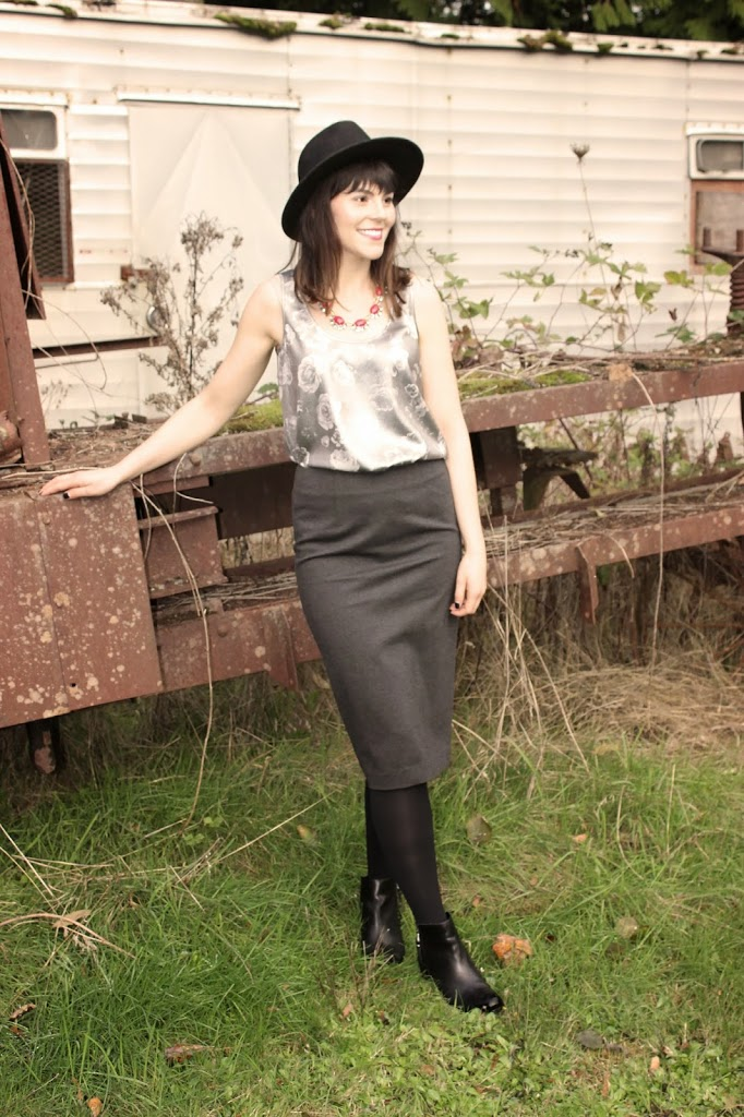 424 Fifth Pencil skirt