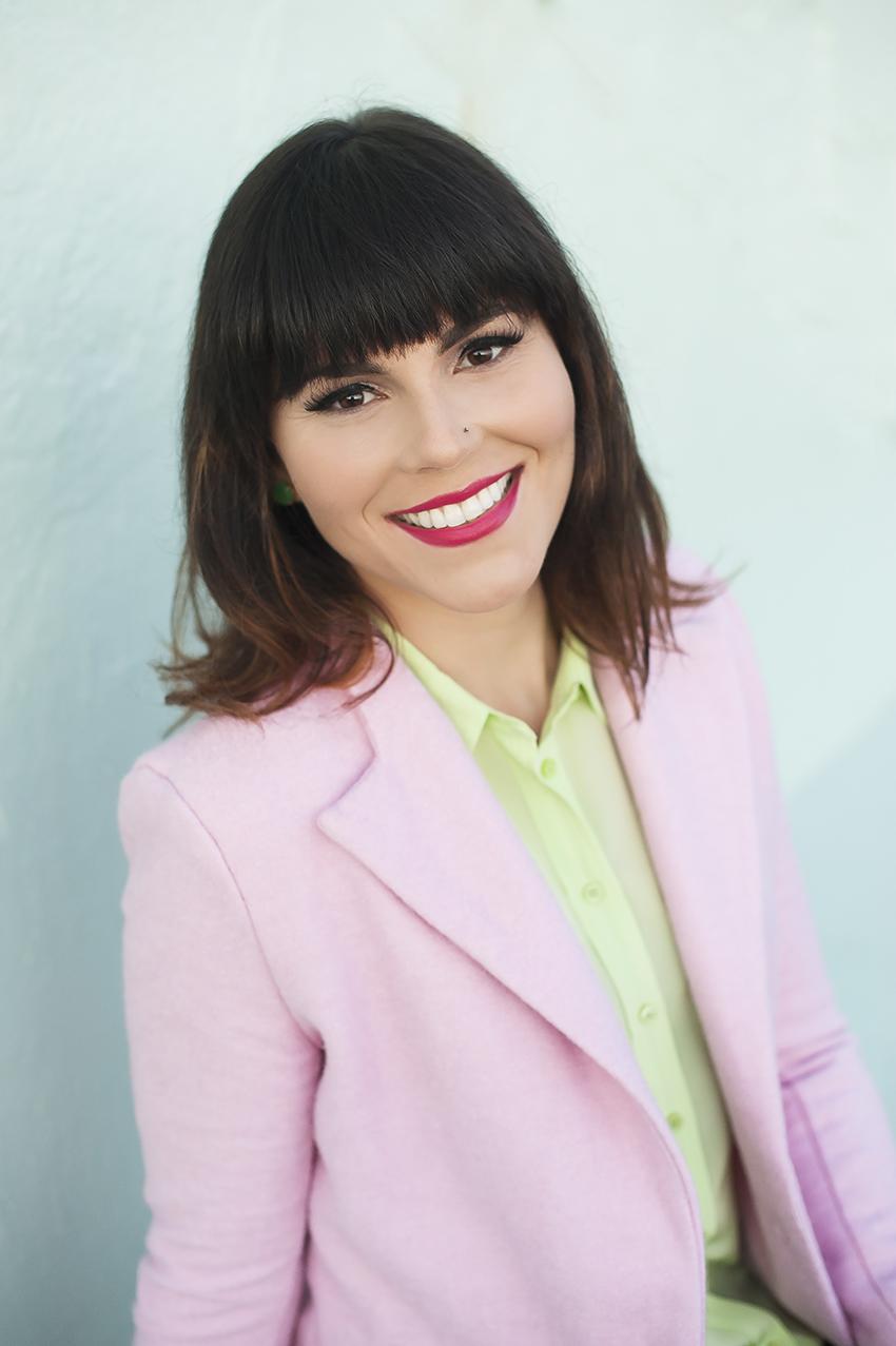 Meet Vintage Fashion And Lifestyle Blogger Laura Jane Atelier