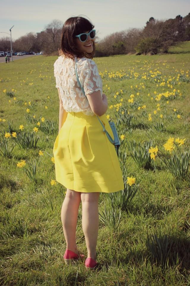 424 Fifth spring fashion