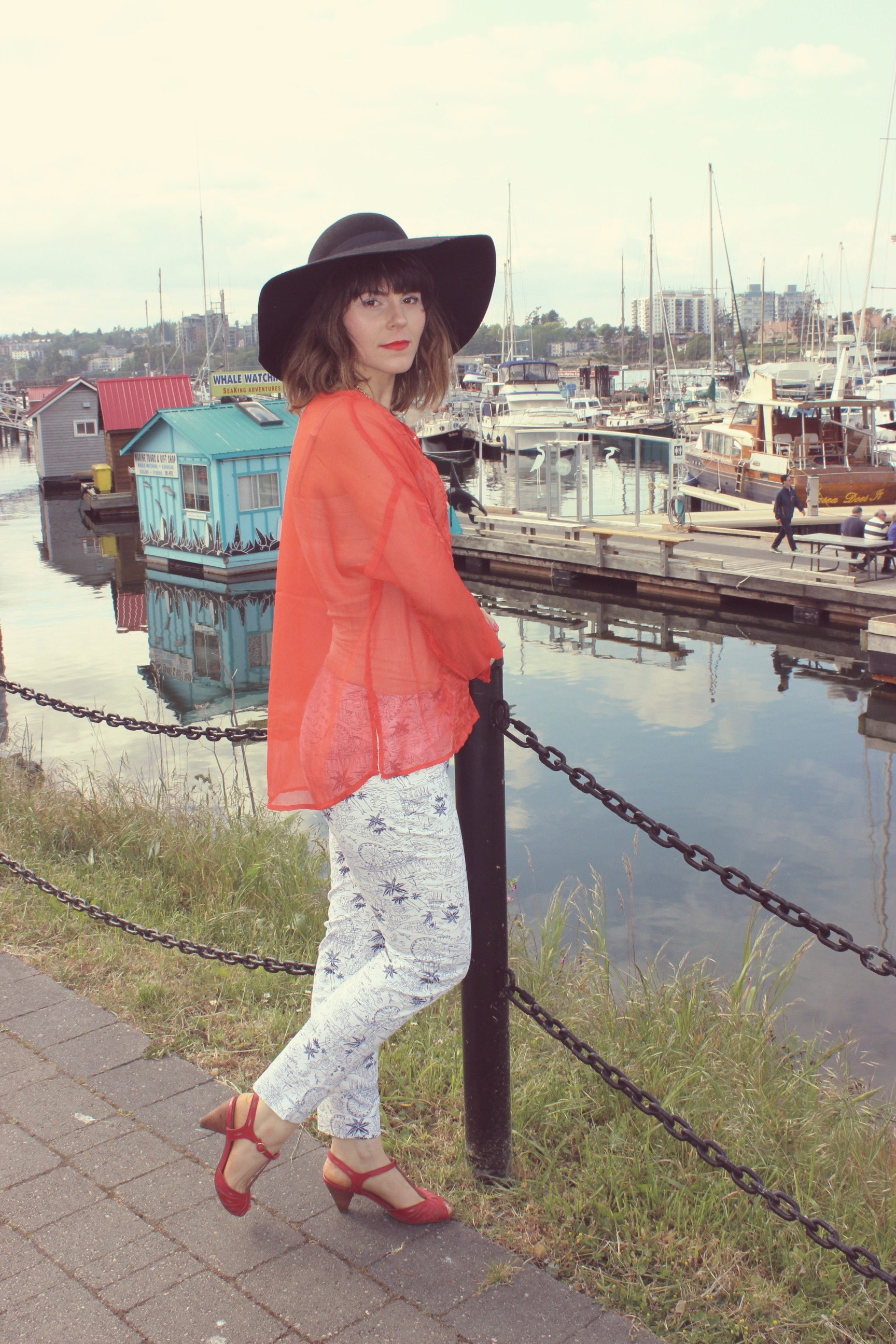 1f55725581d Top  Old Navy – Pants  Old Navy – Necklace  Stella   Dot (similar here) –  Hat  H M (similar here)