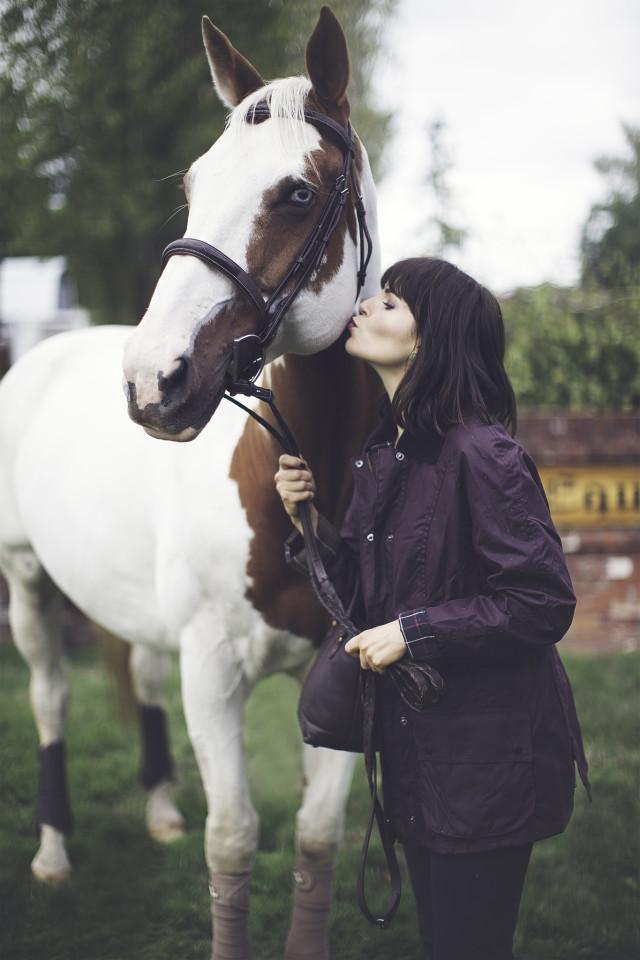 Equestrian Fashion, English Countryside, Harris Tweed, Barbour, Horse