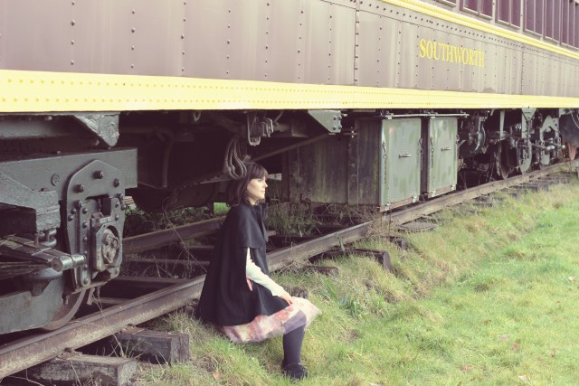 Shabby Apple Tulle Skirt, H&M black Cape, H&M Victorian Blouse, Vintage Train, steam train, fashion blogger, romantic fashion