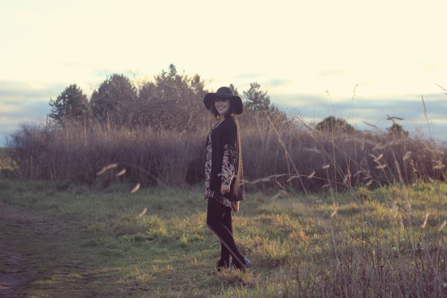 California Moonrise, Boho Fashion, Sleeping Giant, Beacon Hill Park, Victoria, Vancouver Island, Pacific North West, Fashion Blogger