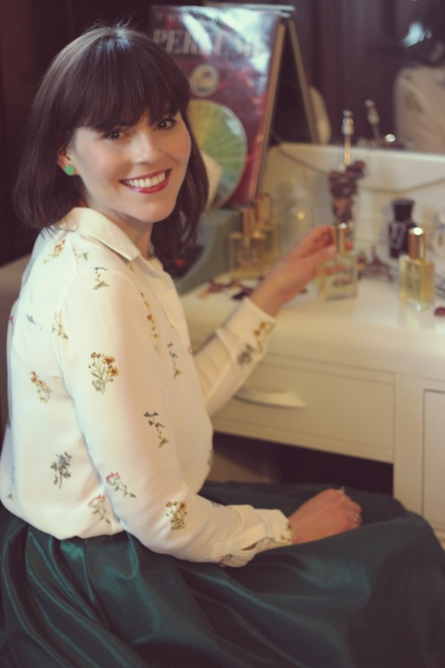 Make your own perfume, Natures First Beauty Bar, custom perfume, perfumery, Victoria, BC, Monday Magazine, Fashion Blogger, Laura Jane Atelier, Migration Boutique , Vintage Fashion, Parisian perfume, fragrance, natural perfume