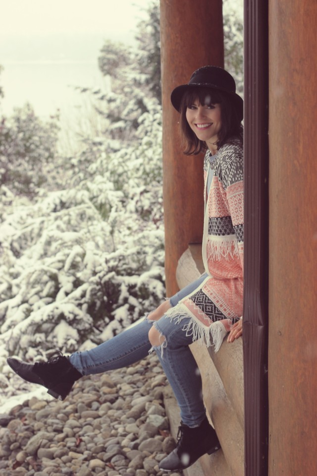Tigh-Na-Mara Seaside Spa Resort, PArksville, Vancouver Island, Pacific North West, Canada, Rustic Log Cabin, Log Cabin in the Snow, Marshall's Cozy Aztec Cardigan, Ivanka Trump Sweater, AEO Distressed Jeans, Tilley Vintage Cloche Hat, Hush Puppies, Forest,