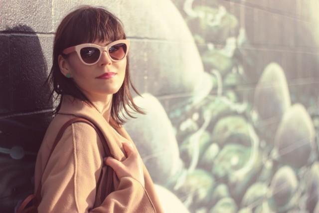 California Moonrise, ShEin, Club Monaco, Erica Harel, Marc by Marc Jacobs pink cat eye sunglasses, Bear Mural , Fashion Blogger, Victoria,