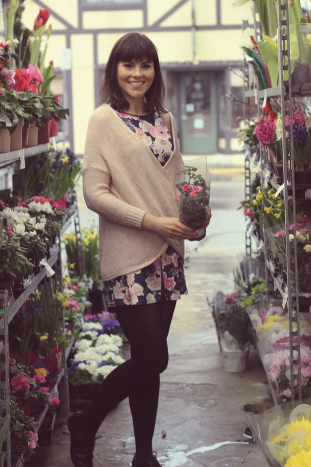 Hudson's Bay, Flower Shop, Design Lab, Lord and Taylor, Floral dress, ballerina sweater, Spring fashion fashion blogger