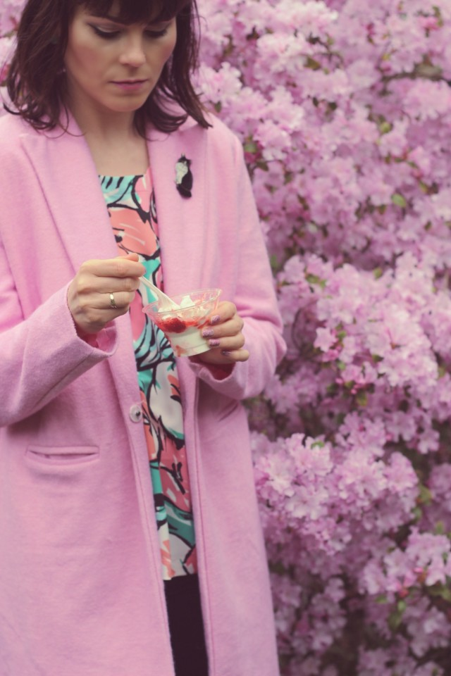 New Chic Pink Coat, Marshall''s Floral Blouse, Club Monaco Black pants, Ceramic cat pin, fashion blogger, Beacon Drive In, Strawberry sundae, Beacon Hill Park
