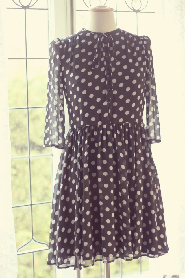 Black and White Polka dot dress, Act Three Apparel, Mad in Canada Fashion, Fashion Blogger, Spring Fashion