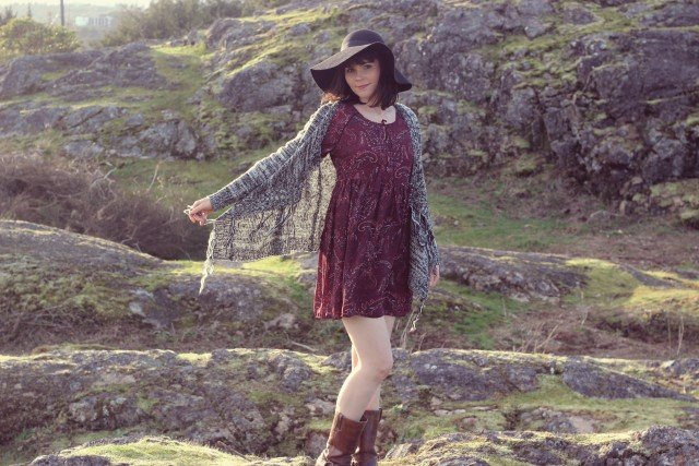 California Moonrise, Frye Harness Boots, Bohemian Fashion, Festival Fashion , Festival Season, Music Festival, Boho chic, Fashion Blogger, boho dress, Fringe Cardigan, Free Spirit, Coachella fashion, Spring Fashion