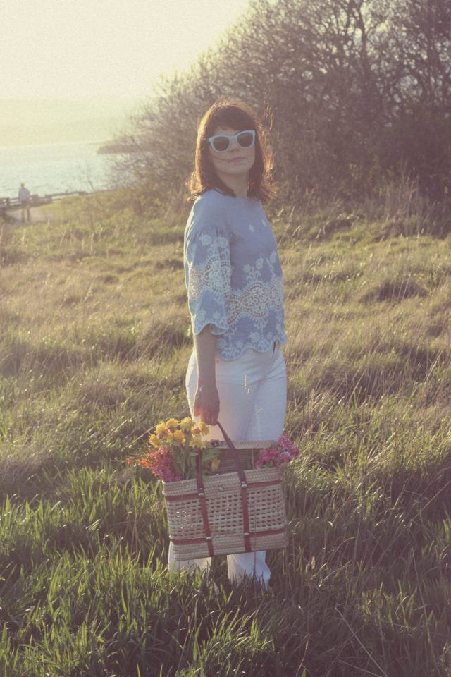 Chic Wish, Design Lab, Lord and Taylor, spring fashion, bohemian fashion, china blue, embroidered tunic, flower basket, fashion blogger