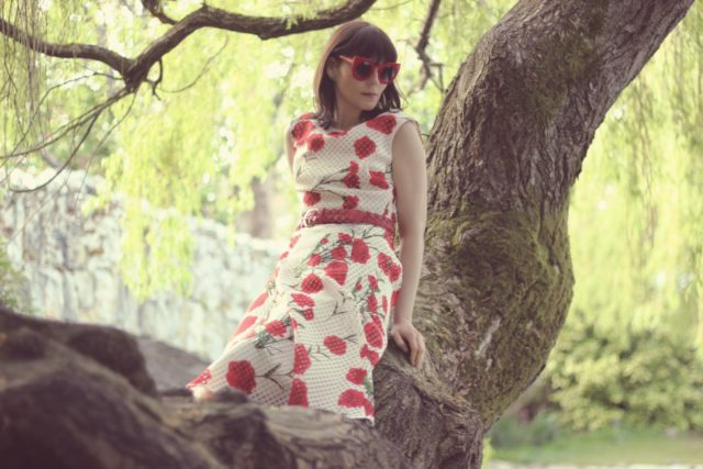 Betsey Johnson, Floral Dress, Vintage fashion, fashion blogger, 1950s inspired dress, retro, floral spring dress