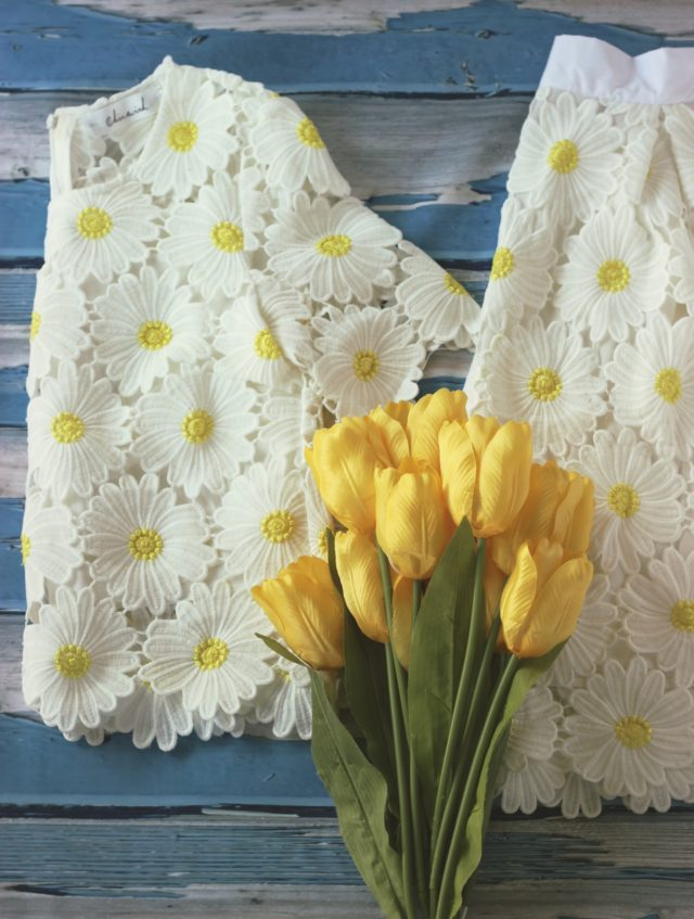 Chic Wish Daisy Crochet set