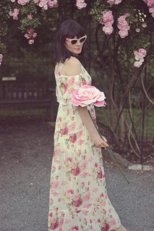 Highline Collective, Floral Maxi Dress, Marc by Marc Jacobs Sunglasses, Kate Spade New York Wallet, Stephanie Kantis, Rose Garden, Government House, Summer Wedding, Fashion blogger