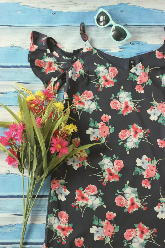 Design Lab, Floral top, Hudson's Bay. Lord and Taylor, summer fashion, fashion blogger