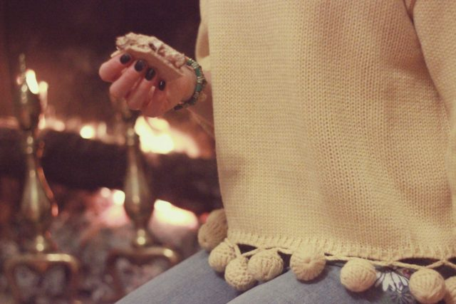 Chic Wish, Sweater, Fall Fashion, Fire, Smore's, Cozy, style, vintage blogger