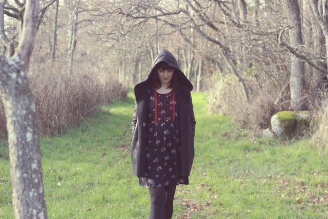 Old Navy, Shearling Coat, Bohemian Fashion, Fall Fashion, Floral dress, Bohemian Dress, victorian Boots, vintage, fashion blogger, style outfit, idea