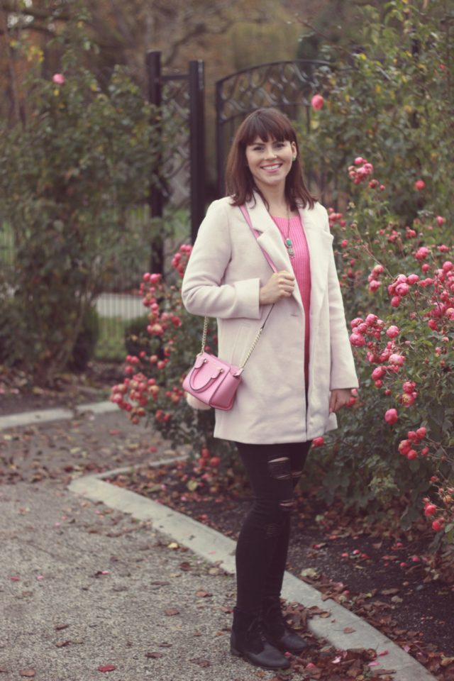 Old Navy, Pink Sweater, pastel pink Coat, Wool Coat, Fall Fashion, Kate Spade New york, Happiness Boutique , black distressed skinny jeans
