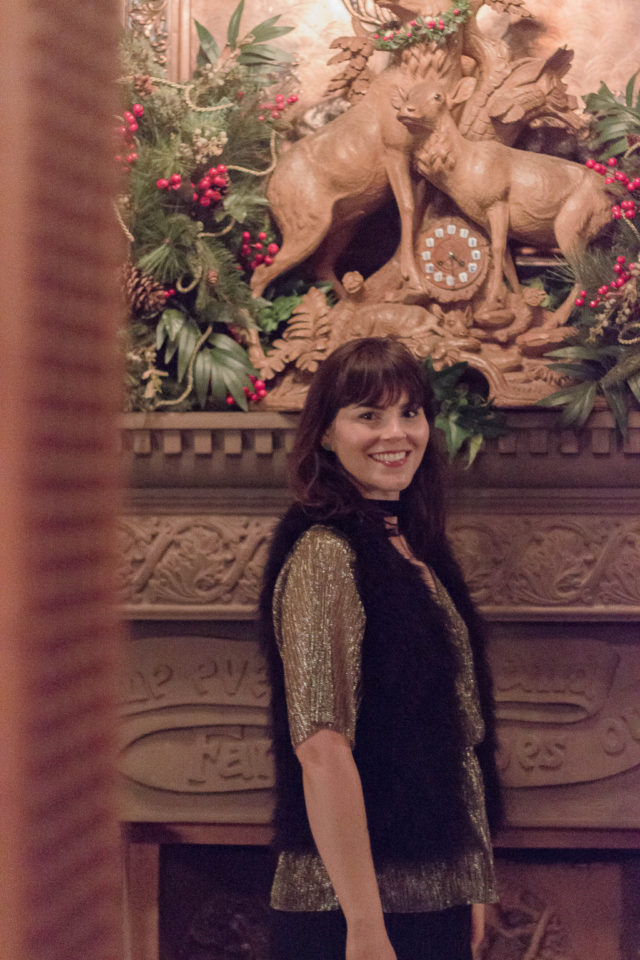 Craigdarroch Castle, Victorian, Christmas, Holiday, Decorating, December, Fashion, Halston, Club Monaco, idea, vintage, style, Party, idea, women, blogger, Victoria