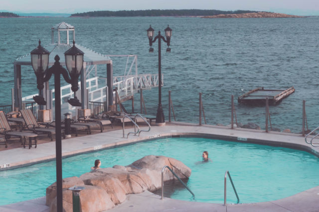 Oak Bay Beach Hotel, Boathouse Spa & Mineral Baths in Victoria, Victoria's only oceanfront spa, Seaside Oasis, Mineral Pool, Scandinavian Spa