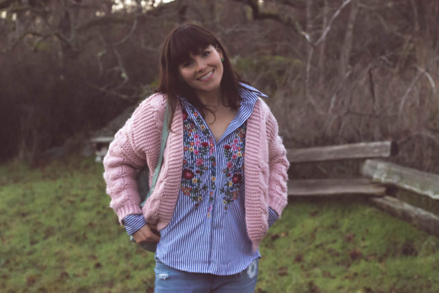 Floral Lullaby Embroidered Shirt in Blue Stripes, Sun Daze Cable Knit Cardigan in Pink, Leather BAGGU backpack, Chic Wish, Vintage, bohemian fashion, fashion blogger, style, outfit,