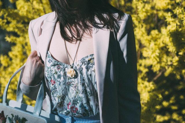 H&M, Seer Sucker, Midi Skirt, powder pink blazer, floral tank top, hair bow, cross stitch bag, spring fashion, vintage