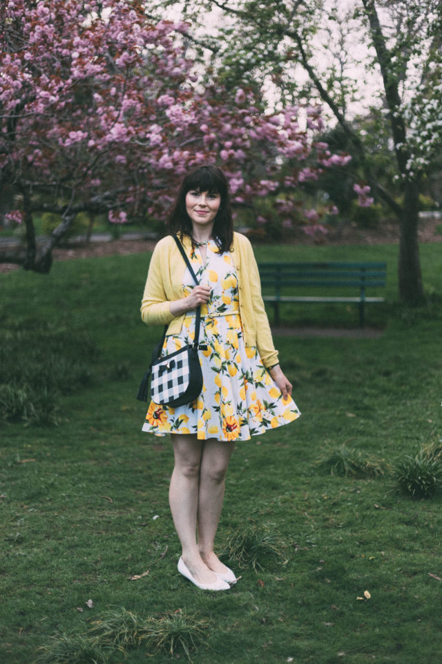 Lemon Dress, Gingham Bag, Pom Pom Boutique, Spring, Fashion, Vintage, style, cherry blossoms, Mad Men,