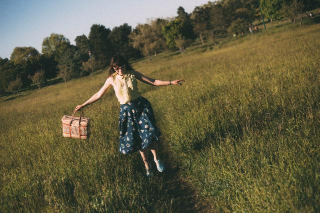 Chic Wish, Blue Midi Skirt, Summer, Retro, Fashion, Vintage, Straw bag,