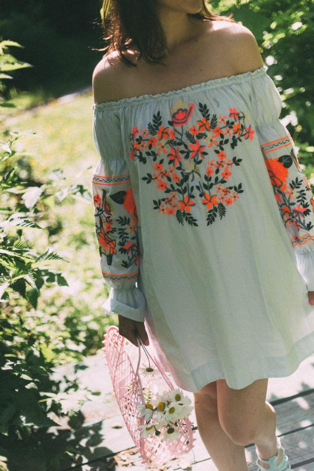 FREE PEOPLE Fleur Du Jour Mini Dress, Bohemian, Sun jellies, Vintage, retro, Peasant Dress, Floral Embroidery,