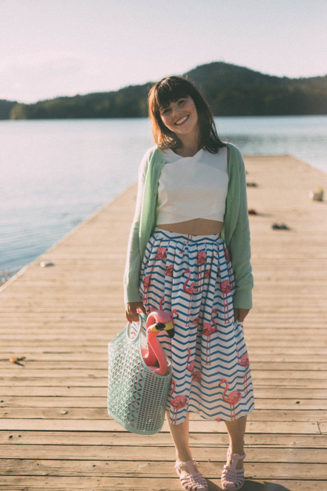 Flamboyantly Flamingo Printed Midi Skirt, Chic Wish, White Crop Top, flamingo, sun jellies, Mint cardigan