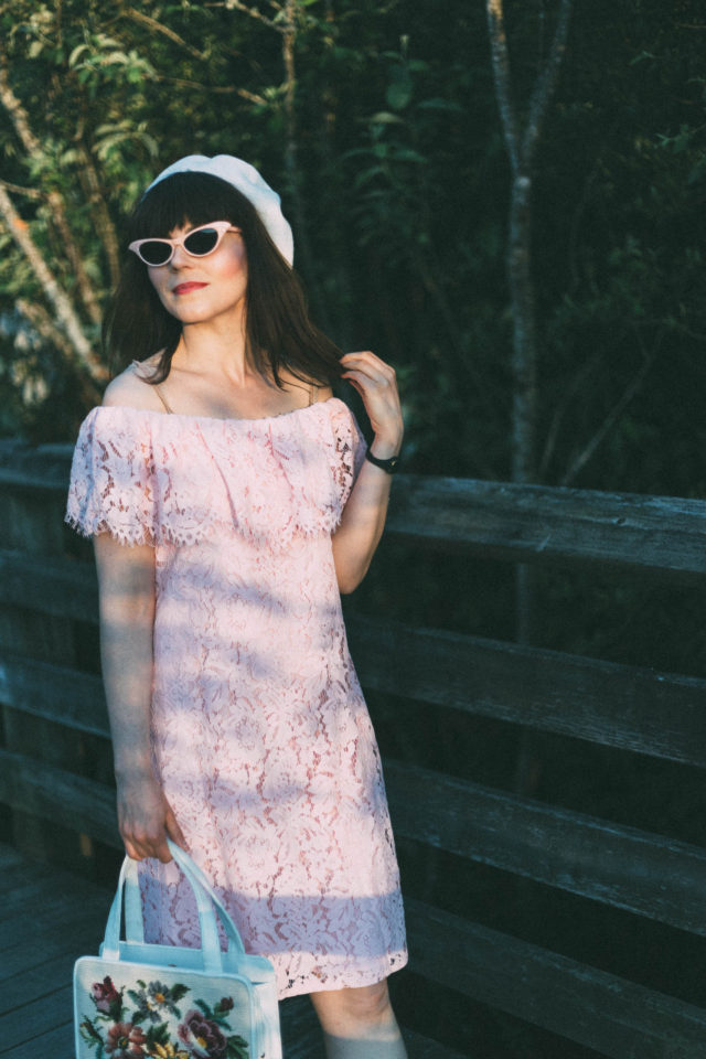 Imnyc Isaac Mizrahi Lace Off-The-Shoulder Dress-PINK, Lace Dress, Beret, Vintage Cat eye sunglasses, 1960s, Betty Draper, Mad Men, Summer,