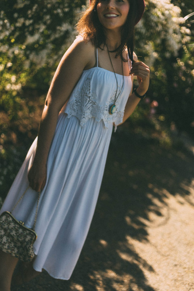 Volcom, Boundless Dress, spaghetti straps, bandeau style, White Dress, Midi skirt length, summer, vintage