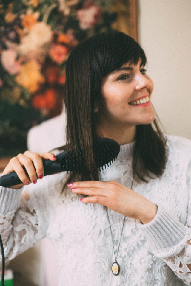 Vanity Planet, Flow | Ceramic Straightening Brush, hair brush, hair straightener,