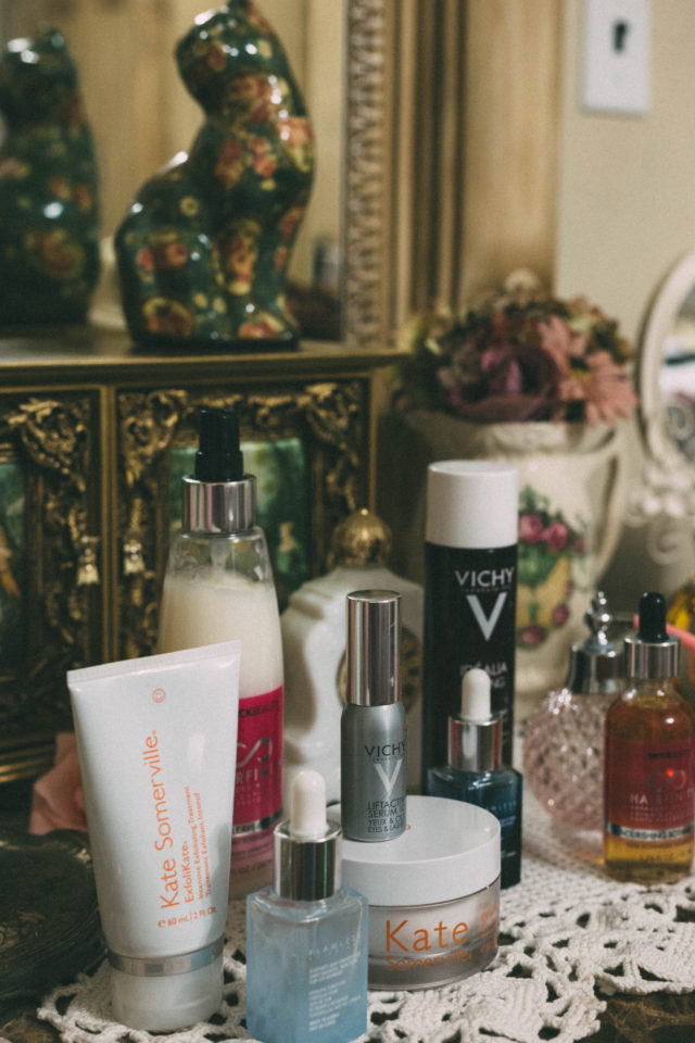 Best Beauty products or 2017, IDÉALIA NIGHT PEELING, LIFTACTIV SERUM 10 EYES & LASHES, Vichy, , HairfinitHAIRFINITY REVITALIZING LEAVE-IN CONDITIONER, HAIRFINITY NOURISHING BOTANICAL OIL, Exfolikate Glow Moisturizer, ExfoliKate Intensive exfoliating Treatment. Flawless by Friday, Review , Forever Flawless AM/PM Serum Duo