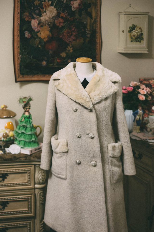 Vintage style, retro, fashion, style, winter, vintage style, winter fashion, winter look book, look book, 1950s, fashion blogger, thrift store,