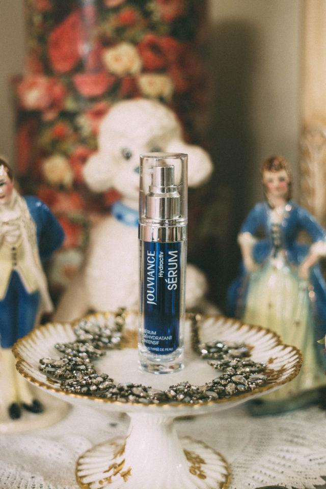 Pixi Overnight Glow Serum , Pixi Rose Caviar Essence, Vichy Idealia Radiance Boosting Antioxidant Serum, Institut Esthederm, Paris, INTENSIF HYALURONIC SERUM, HYDRACTIV HYDRATION BOOSTING SERUM, Jouviance, Klairs, Freshly Juiced vitamin drops, review