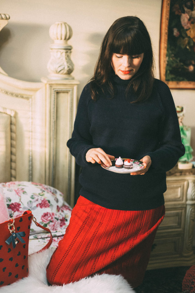 Chic Wish, Red knit Aline Skirt, Heart elbow patch sweater, Review Australia, Heart print, vintage, retro, style, fashion, blogger, Valentines Day.