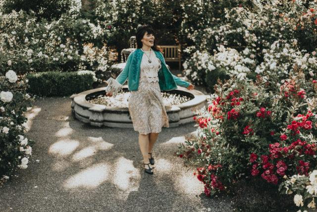 How to wear a vintage cardigan, vintage 1950s cardigan, beaded cardigan, vintage style, vintage lookbook, vintage summer fashion,