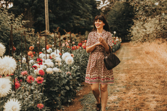 vintage floral dress, vintage floral Laura Ashley dress, vintage Laura Ashley, vintage fashion, vintage dresses, vintage style, floral dress, vintage fashion