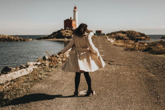 vintage winter coat lookbook, vintage fashion, vintage style, retro, fashion blogger, style, outfit idea, winter coat, vintage winter coats, vintage winter fashion lookbook