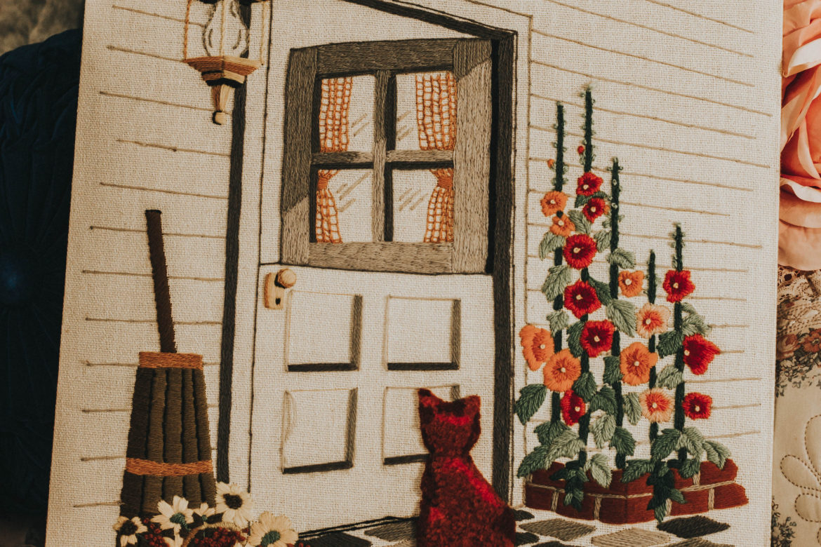 October Vintage Home Decor Haul (Cats and poodles!)