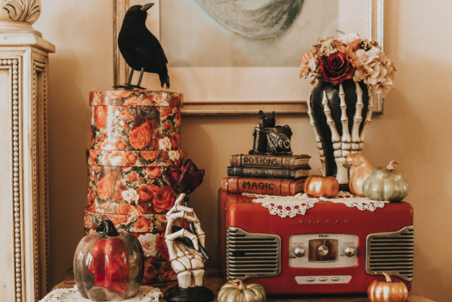 Vintage Halloween Decor Haul, Halloween decor, victorian halloween decor, vintage halloween home decor, vintage halloween