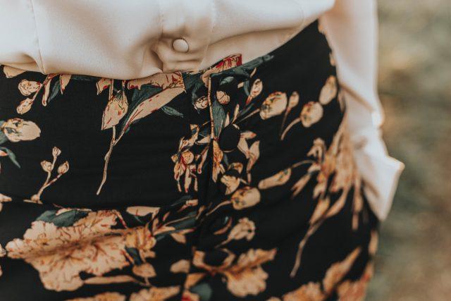 Unique Vintage 1940s Style Black & Cream Floral High Waist Rosie Wide Leg Pants, Unique Vintage 1940s Style Antique Ivory Crepe Neck Tie Fiona Blouse, Unique vintage, 1940s fashion, vintage fashion